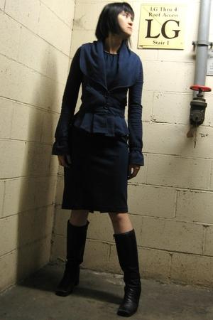 Diane Von Furstenberg dress - Mike & Chris blazer - Capezio boots