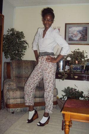 white Nine West shirt - brown xhiliration pants - brown Qupid shoes