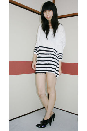 white H&M dress - black boots