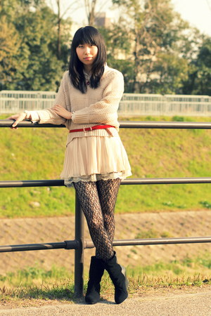 Forever 21 tights - miel crishunant sweater - H&M shirt - random belt