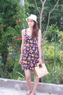 Tan-straw-vintage-bag-navy-floral-print-dress-eggshell-straw-thrifted-hat
