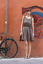 olive green cotton Pimkie dress - brown faux leather H&M bag - brown sandals