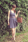Navy-navy-dorothy-perkins-dress-brown-leather-vintage-bag