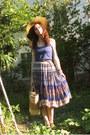 Camel-straw-vintage-bag-beige-straw-hat-blue-cotton-terranova-shirt