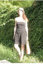 black cotton Zara dress - eggshell straw thrifted hat - tan straw vintage bag
