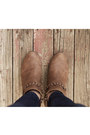Brown-forever21-boots-navy-forever21-jeans