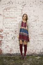 maroon over the knee Forever21 socks - brick red babydoll Frolic Vintage dress
