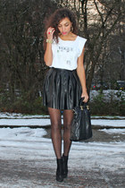 leather Estradeur skirt - vogue text my own design t-shirt - deezee heels