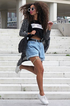 black Daily Paper t-shirt - light blue chicnova shorts
