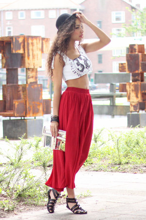 ruby red maxi skirt Chicwish skirt - black bowler hat H&M hat - nude deezee bag