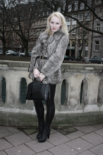 charcoal gray fur vintage jacket - black shimmery Vero Moda leggings