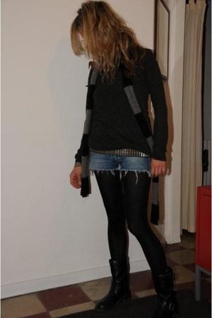 Zara t-shirt - Pull & Bear belt - Zadig & Voltaire scarf - H&M tights - Pimkie b