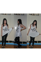 white Just G shirt - black Betty  SM Dept Store leggings - black People are Peop