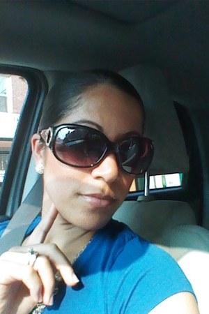 black franco sarto sunglasses - blue strech-v-neck Express t-shirt