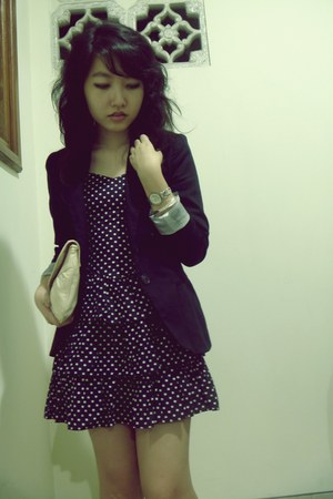navy H&M dress - navy Stradivarius blazer - eggshell thrifted bag