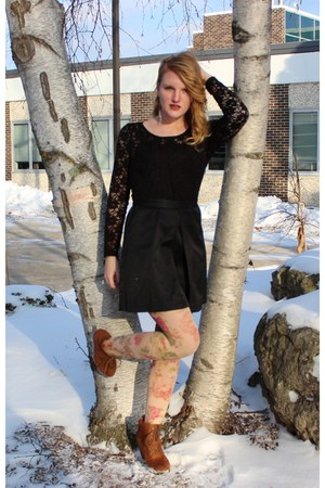 neutral floral print Charlotte Russe tights - black Princess vera wang dress