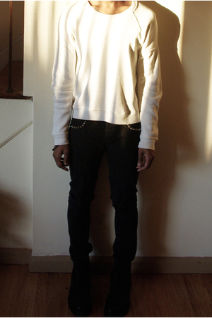 white Burberry Prorsum sweater - black bess jeans - black DIY bracelet