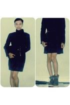 crimson Indie boots - navy Ouval Research coat - black mlutch philip lim bag