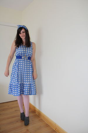 blue thrifted dress - pink Penneys tights - gray thrifted shoes - blue vintage b