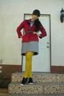 Blue-t-shirt-red-ralph-lauren-shirt-black-skirt-yellow-tights-black-shoe