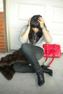 Brown-newport-news-vest-gray-sweater-gray-pants-black-fioni-shoes-red-ac