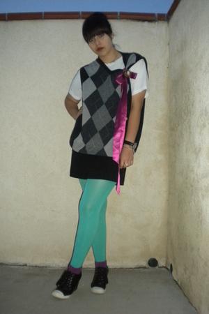 black vest - blue tights - purple socks