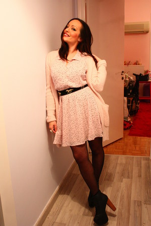 light pink stars H&M dress - black Jeffrey Campbell shoes