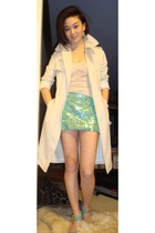 beige Bebe top - green vintage skirt - green shoes - beige Forum coat