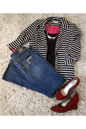 crimson Dexter wedges - navy American Eagle jeans - black Just Ginger blazer