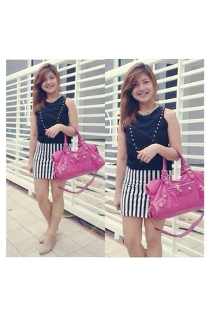 hot pink balenciaga bag - black Forever 21 skirt