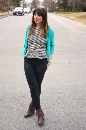 J Crew sweater - shoemint boots - Levis jeans - J Crew top - handmade home decor