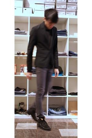 Kostym blazer - The Viridi-Anne sweater - april 77 jeans - Fiorentini  Baker boo