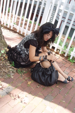 made in india vest - forever 21 skirt - botkier purse - forever 21 accessories -