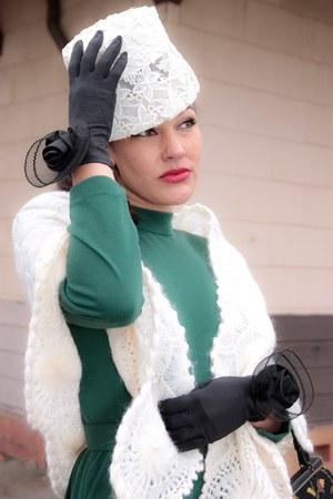 teal cotton vintage dress - white pearl crochet vintage cape