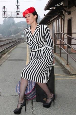 black pimp striped vintage dress - red layered velvet vintage hat