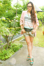 Light-pink-vero-moda-jacket-silver-maison-scotch-shorts-dark-gray-jcrew-top