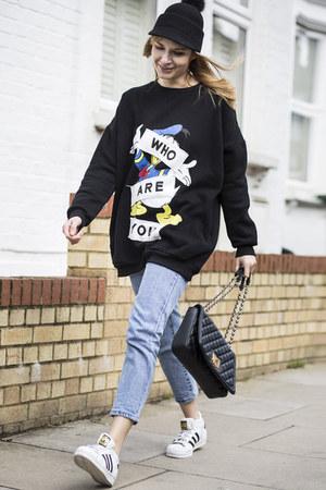Floating Style jeans - Floating Style sweatshirt