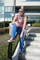 Converse shoes - forever 21 necklace - Bubblegum jeans - forever 21 vest