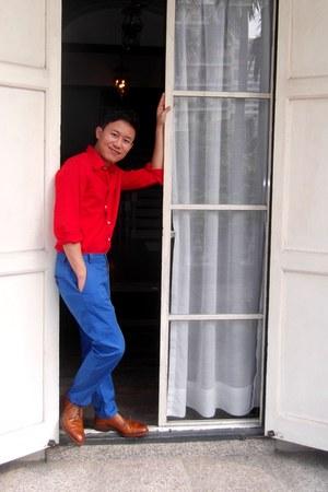 red red shirt no brand shirt - blue Zara pants