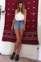 gold unknown necklace - ivory thrifted top - sky blue Levis shorts - brick red v