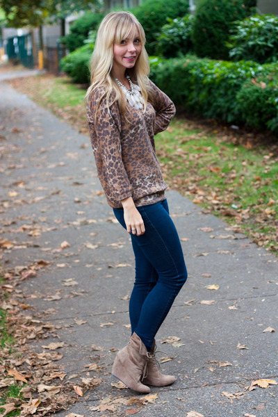 Nine West Boots, AG Jeans, Aritzia Sweaters, Anthropologie