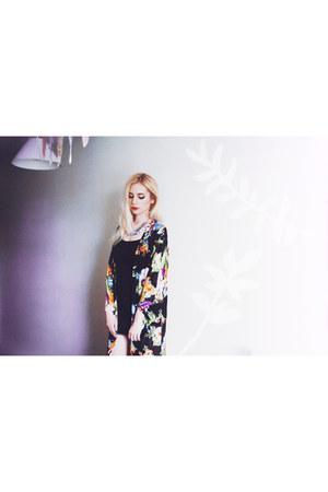kimono floral missy empire cardigan - le lapin necklace