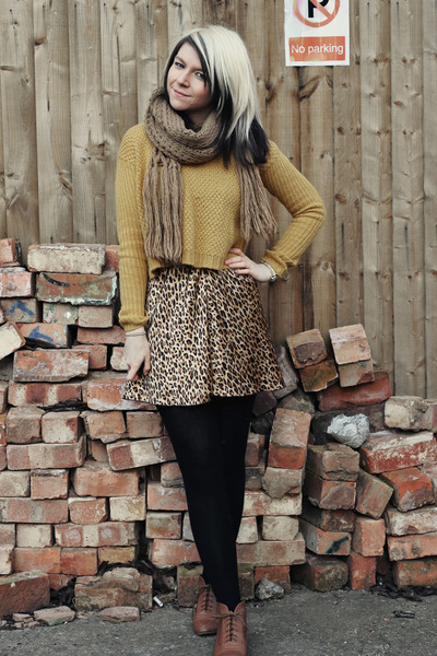 bronze Ragstock skirt - dark brown new look boots - gold new look sweater