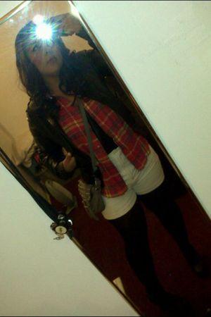 white vintage shorts - red vintage shirt - black Delias jacket - black unknown t