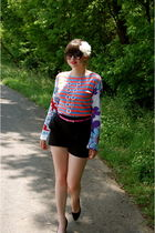 black H&M shorts - black Nine West shoes - blue Custo Barcelona top - pink Targe