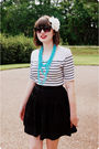 White-vintage-t-shirt-black-wilster-skirt-blue-unbranded-necklace-black-vi