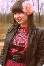 Red-wyeth-skirt-pink-custo-barcelona-top-brown-target-jacket-gray-ual-neck