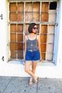 Thrifted-vintage-shorts-80s-ikat-belt-gisela-zoe-vintage-belt