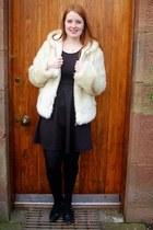 black M&S shoes - black fecbek dress - off white chilli coat