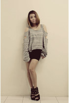 black peplum skirt - heather gray with holes Garage Manila sweatshirt